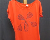 Ladies red batwing screen printed t-shirt