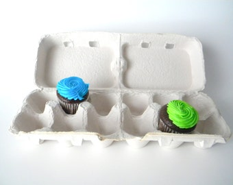 10 Recycled Paper Pulp Egg Cartons Light Grey, These Split Into 2 Cartons, Easter Egg Box