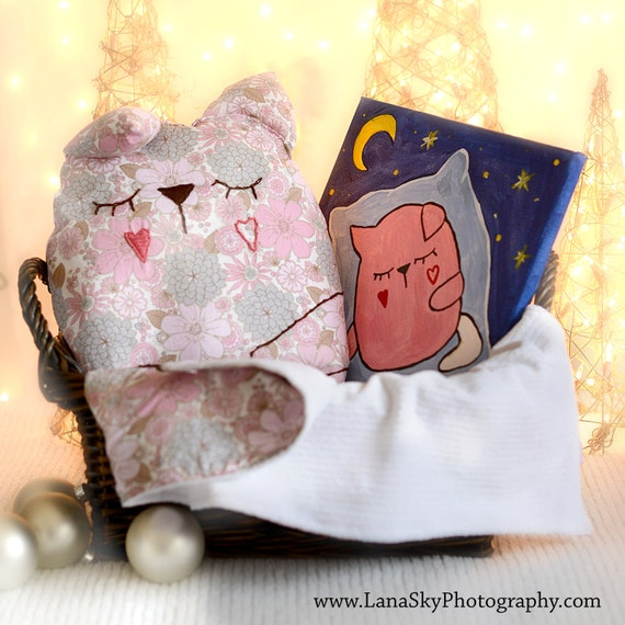 items similar to baby toddler bedding set baby pillow blanket and canvas pink cat on etsy. Black Bedroom Furniture Sets. Home Design Ideas