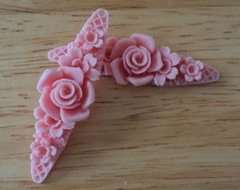 Rose  cabochons flower bands resin band pink 2 pieces lot l end of stock
