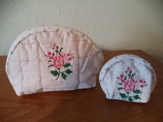 Pink rose embroidered coin purse pouch with matching mini