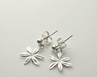 Silver earrings, Sterling Silver, flower earrings, daisies earrings