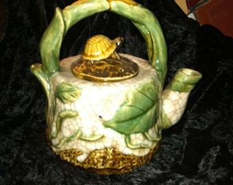 Turtle woodland teapot