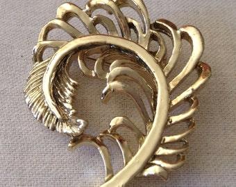 Vintage Leaf Brooch, Gold Tone, 1960's