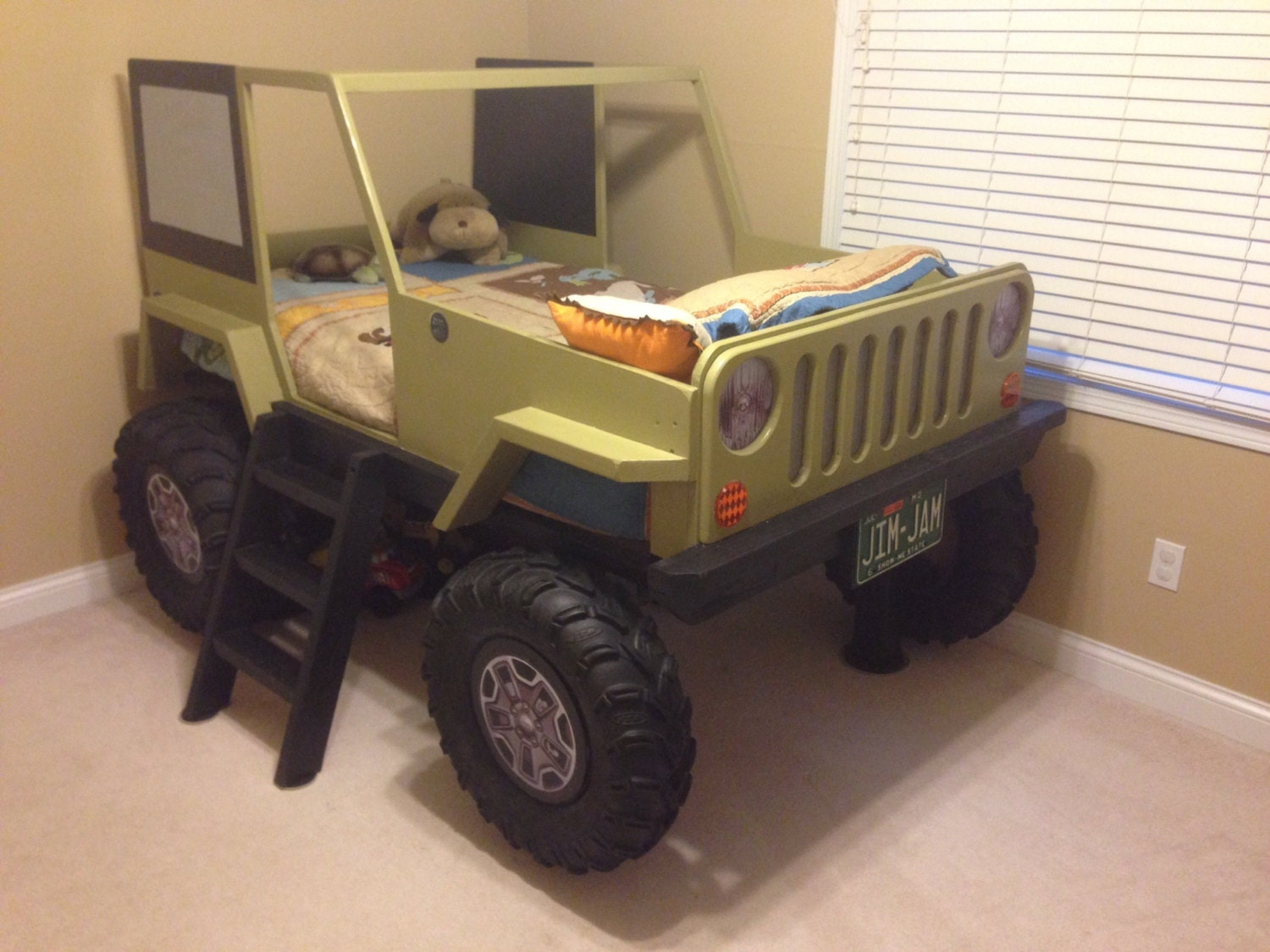 Wooden car beds for boys -  Zoom