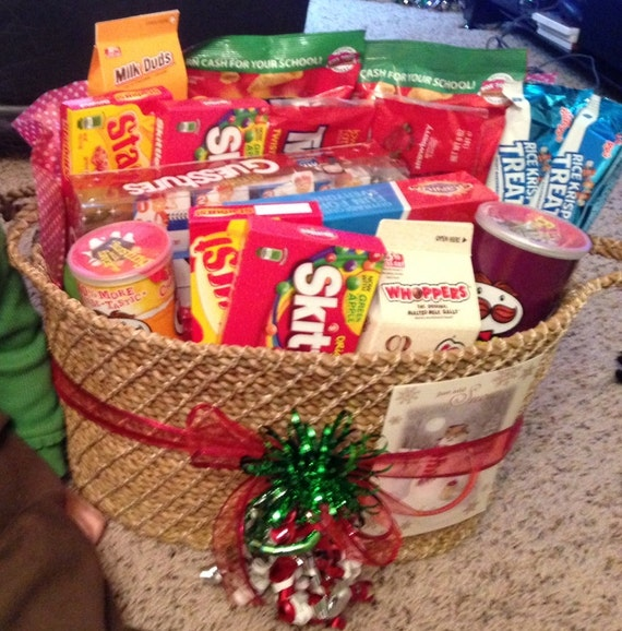 Christmas Gift Baskets For Families: Items Similar To Family Game Night Basket (Jumbo) On Etsy