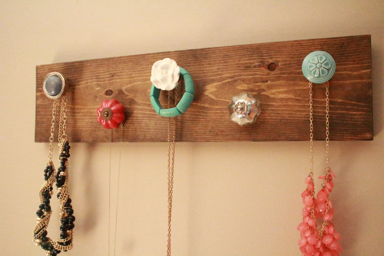 wall mounted 5 knob jewelry hanger