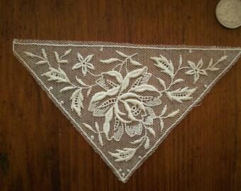 1-1920s antique net lace applique