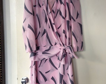 Vintage Pink And Grey Graphic Print Dress Size 11-12 - size large - 80's dress