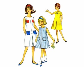 1960s Girls Inverted Pleat Dress with Underlay Simplicity 5428 Vintage Sewing Pattern Chubbies Size 12 1/2
