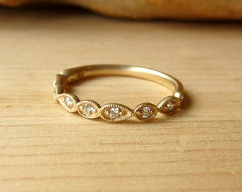 Scalloped Half-Eternity Band