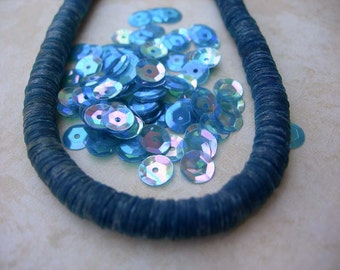 Vintage Sequins Strand Transparent SAPPHIRE BLUE RAINBOW couture lot Full Strand 6mm cupped