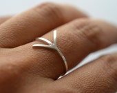 Which way: My way . silver arrow ring. Geometric band