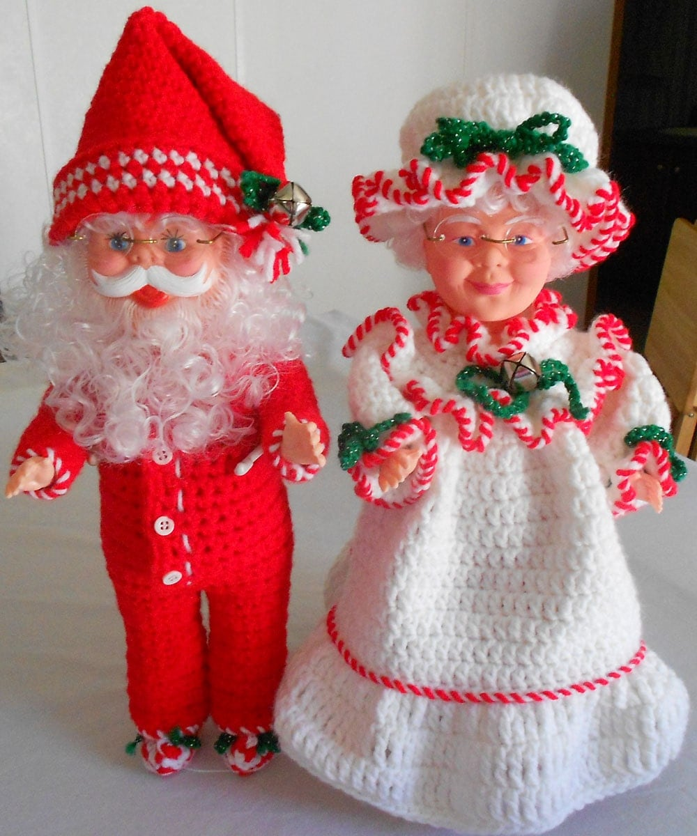 Santa claus doll and mrs mr with