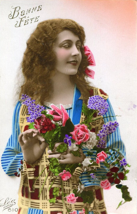Vintage French Hand Tinted Photo Postcard Flapper Art Deco