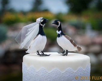 Canada Goose Wedding Cake Topper: Bride & Groom Love Bird Cake Topper