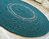 Crochet rag rug in evergreen, hunter green.  Handmade, eco, cotton. Colonial, country, cabin, cottage, farmhouse. 36 inches round.