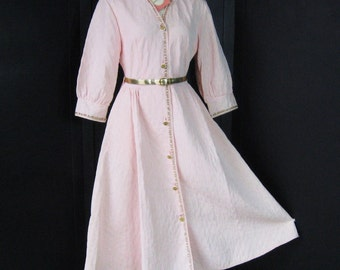 Vintage 50s Deadstock Quilted Robe, Pink Princess Fitted Bodice Full Skirt, Hostess Dressing Gown, Gold Lame Belt + Trim, Bust 34 36