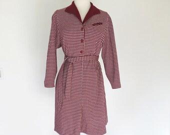 DINER // burgundy hounstooth 1970s dress M / L