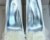 Floral Bridal Shoe Clips with Lace Detail