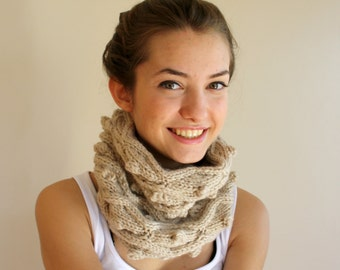 Hand Knit Beige Wool Chunky Loop Cowl Collar Scarf / Christmas Gift /Gift for Women