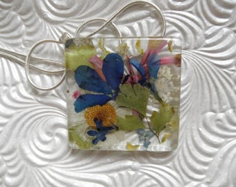 Pressed Flower Glass Pendant w/Blue Lobelia, English Daisy,Queen Anne's Lace,Sweet Yellow Clover-Love Of Gardening-Gifts 30 & Under