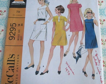 Vintage McCall's Sewing Pattern 9295 Misses' Dress in Six Versions..size 14..bust 36..dated 1968