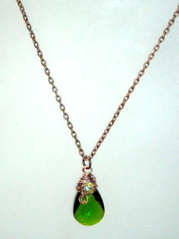 Emerald Green Teardrop Pendant Necklace