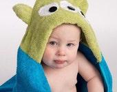 PERSONALIZED Alien Hooded Towel