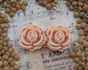 Large Bridal Plugs, Prom Plugs, Flower Plugs, Antique Pink Roses