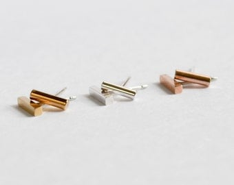 SINGLE Tiny Bar Stud Earring - Cartilage and Second Hole Earing - Gold, Rose Gold or Sterling Silver Bar - Free Shipping US