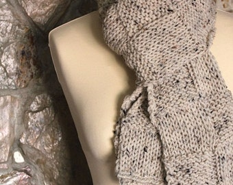 Knitted scarf. Cream - Tweed -  Handmade by T. Catana. Ready to Ship!