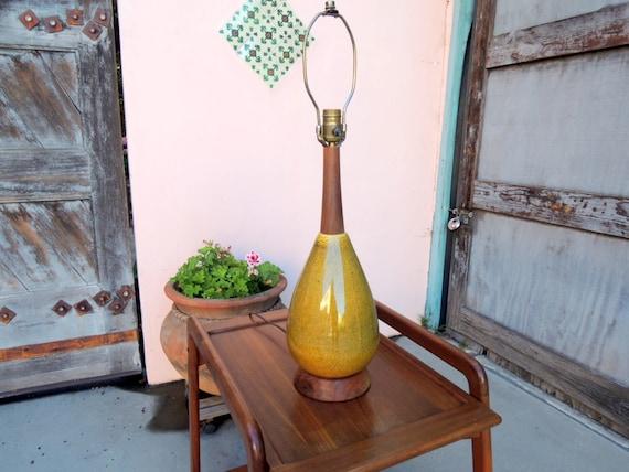 Mid Century Danish Modern Olive Green Speckled Ceramic Lamp (Los Angeles)