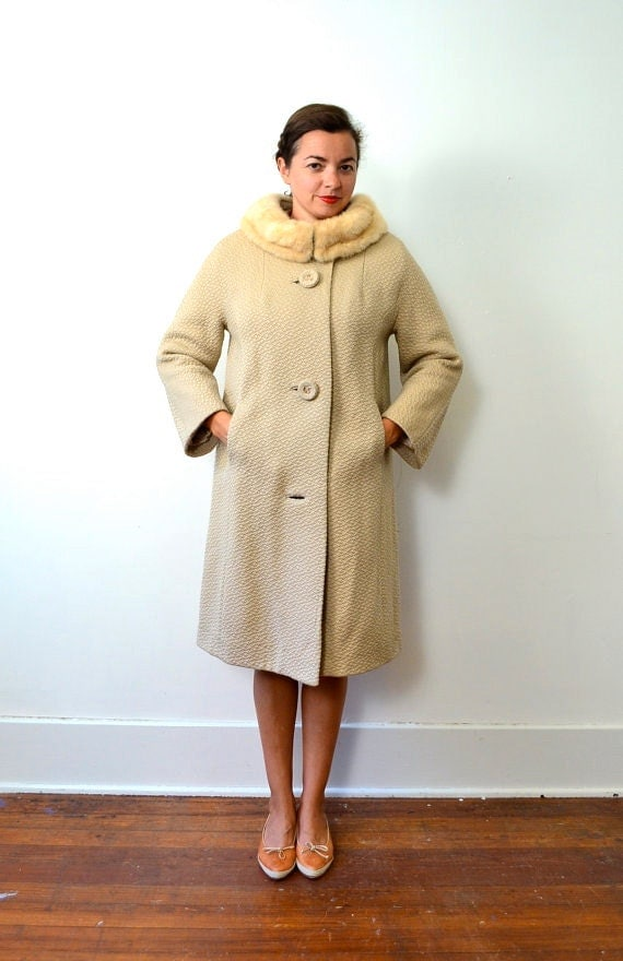Reserved for Annette // 1960s Champagne Coat with Mink Collar // Free Size
