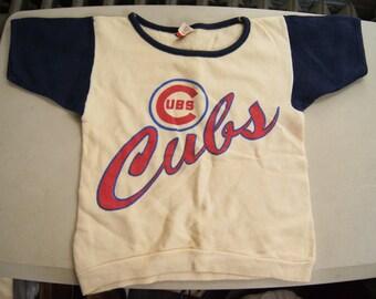 t shirt (vintage) Chicago Cubs Sweatshirt short sleeve kids (30 inches around chest)
