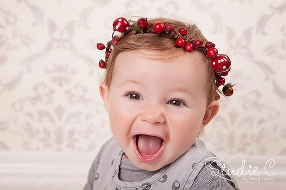 RED RIDING HOOD - Mushrooms & Red berries Forest Flower Girl Halo Wreath Red Fairy Head Band, headband, headpiece, crown, tiara, halo