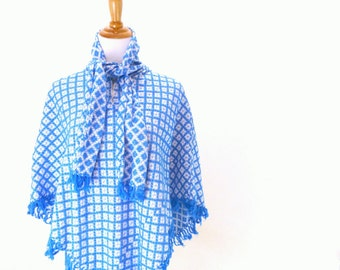 Vintage Blue Checkered Poncho / Geometric Plaid Cape / Fringe Capelet S M