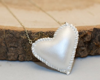 White Shimmery heart - stitched faux leather stuffie necklace - on silver coloured chain
