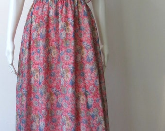Vintage 1970s Romantic Boho Pink Floral Dress