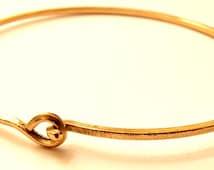 Gold Bangle Bracelet - Knotted Bracelet - Stacking Bracelet - Gold Filled Bangle - Textured Bracelet - Handmade Bracelets - Venexia Jewelry