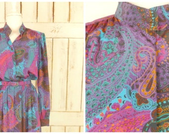 Vintage colorful paisley day dress/purple blue paisley dress/multicolored midi frock