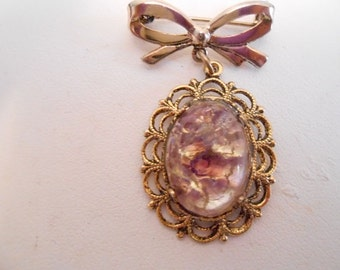 Vintage brooch, bow brooch, opalene glass brooch, retro brooch, 1940s brooch, vintage jewelry, retro jewellery