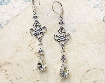 Crystal Glass Earrings Vintage Glass Antique Silver Filigree Fleur Long Dangle Earrings Bridesmaids Bride Wedding Accessories Shabby Country