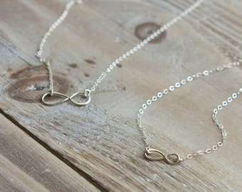 Infinity Mother Daughter Necklace Set - Sterling Silver Infinity Necklace - Small and Large Infinity Symbol - Valentine's Day Gift