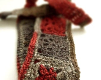 Crochet Headband, Boho Knit Hairband in Wool Mix Gray, Taupe Brown & Red Foral Motif