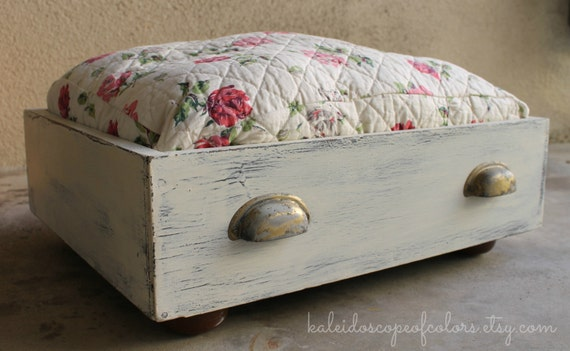 Vintage Rose Shabby Chic Wood Drawer Pet Bed