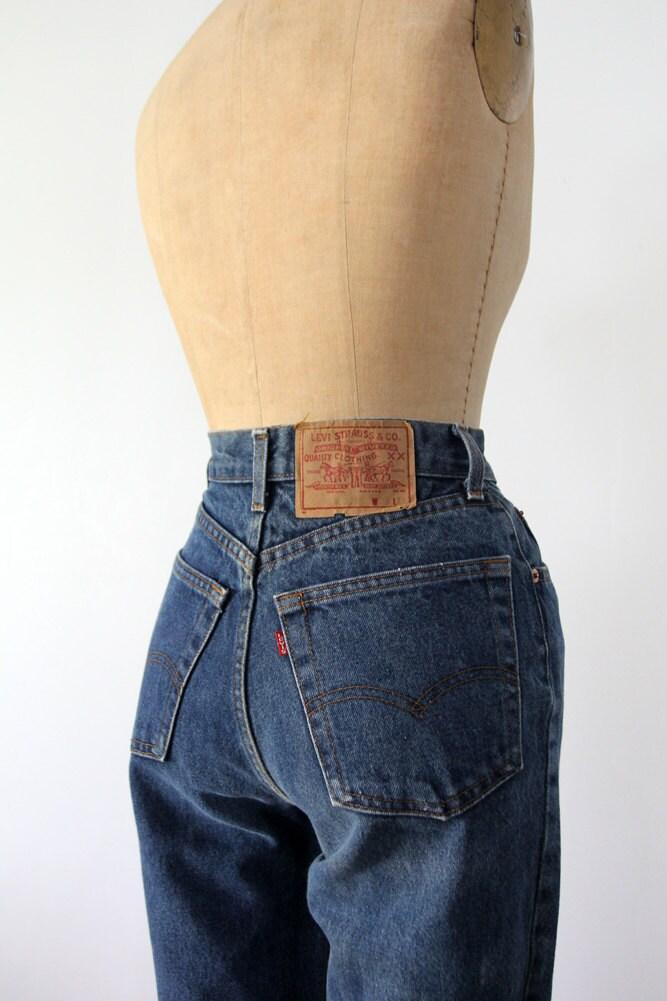 levi 39 s high waist denim jeans waist 28. Black Bedroom Furniture Sets. Home Design Ideas