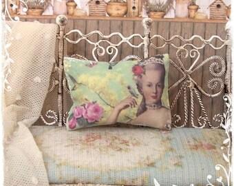 MARIE ANTOINETTE 1:12 Shabby Cushions dollhouse miniature by Soraya Merino