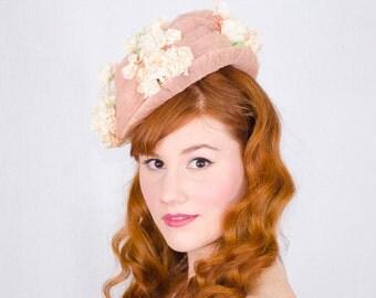 50% OFF SALE / 1940s vintage hat / flower tilt hat / Woodmere