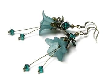 Emerald Green Swarovski Crystal Flower Fairy Antique Brass Earrings, Acrylic Flower Earrings, Green Flower Jewelry, Romantic Spring Earrings